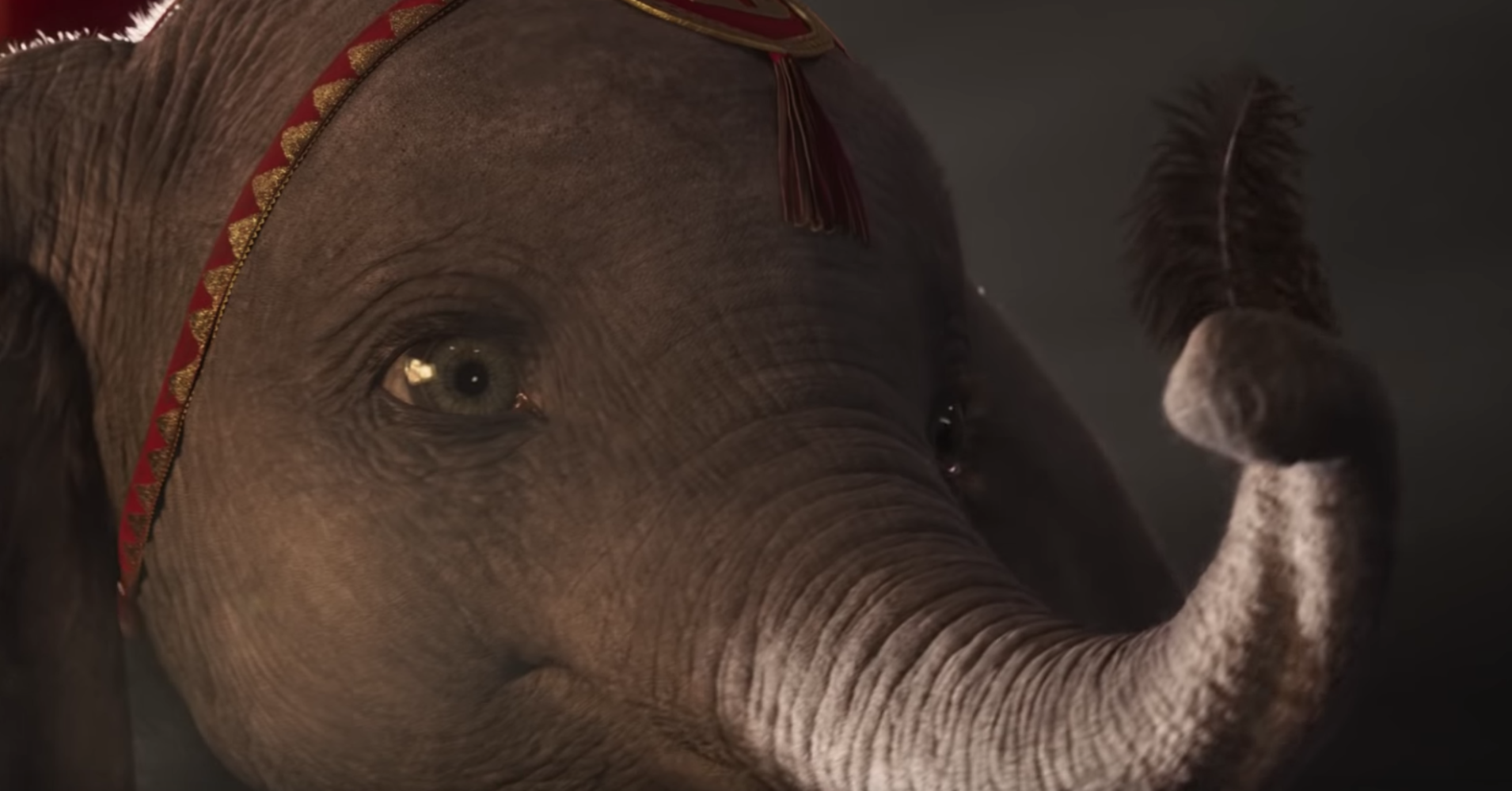 Here's Why The Animals Don't Talk In Disney's Live-Action 'Dumbo'