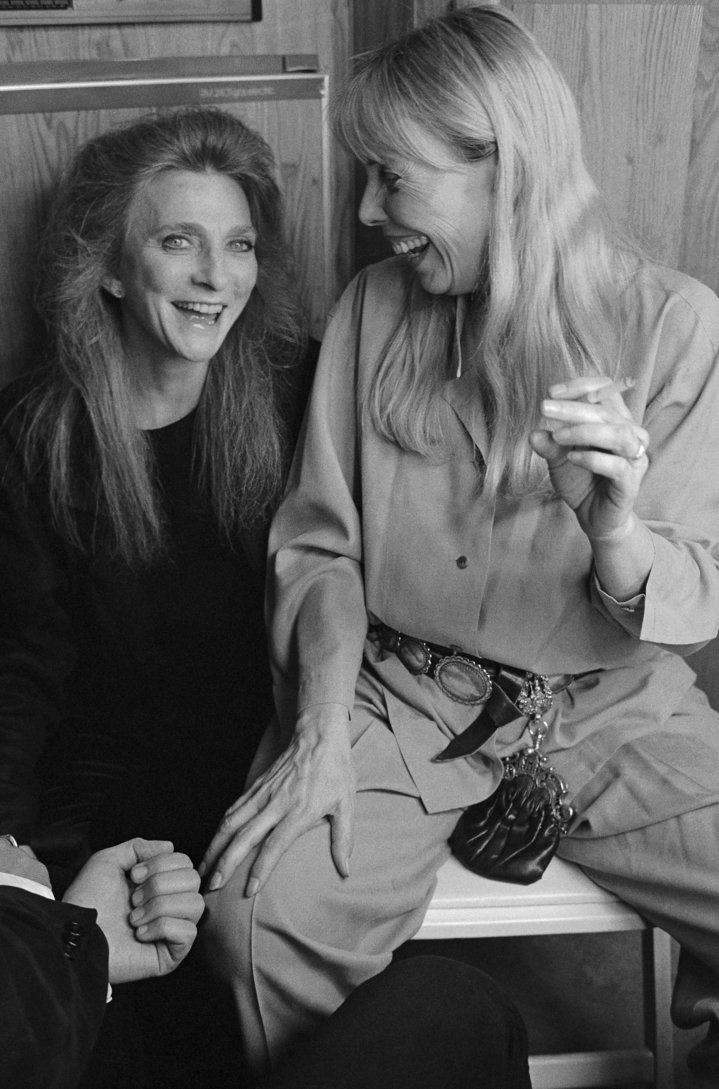 Judy Collins and Joni Mitchell at theTroubadours of Folk Festival in 1993.