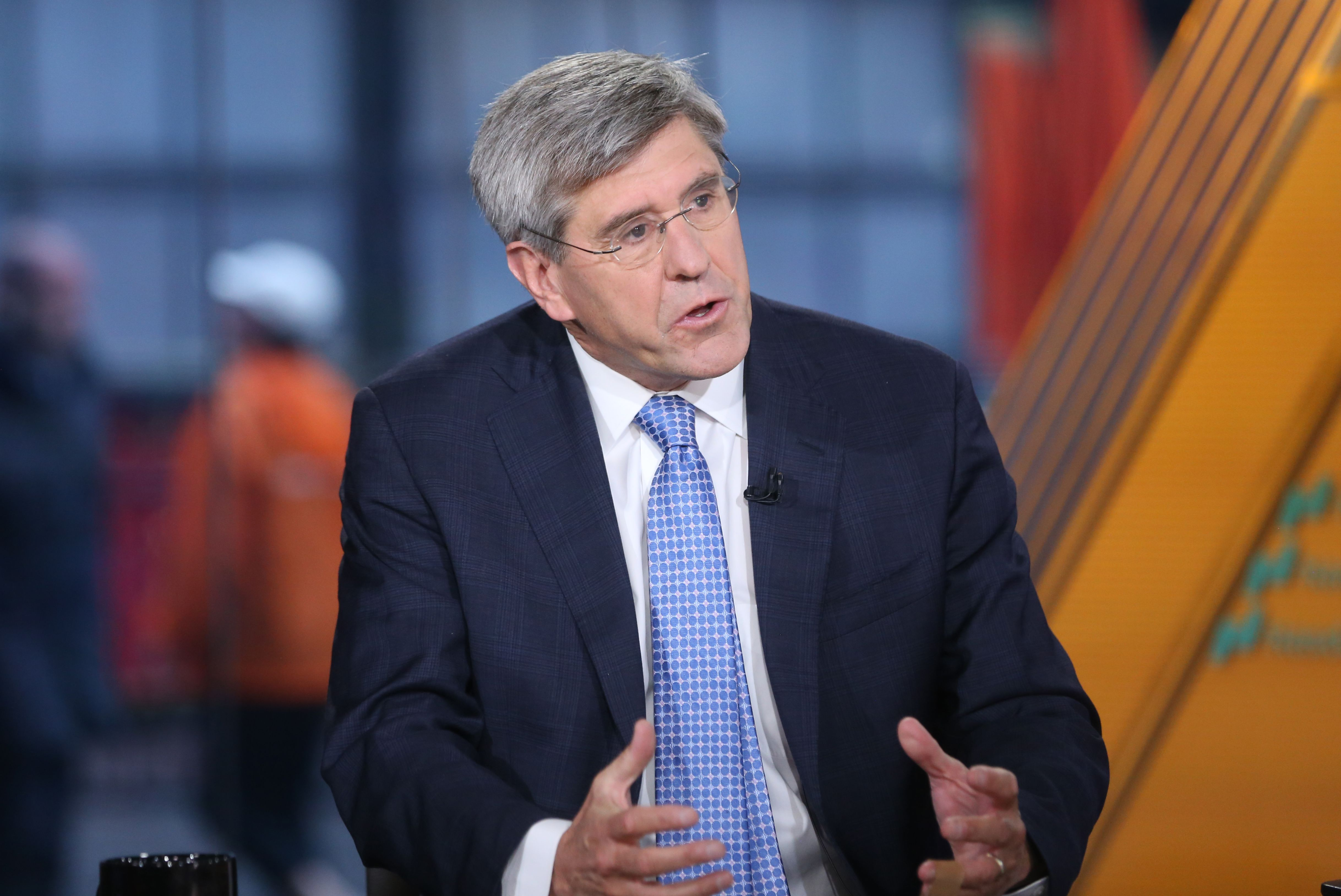 Before withdrawing, Stephen Moore disagreed with Trump on big rate cut
