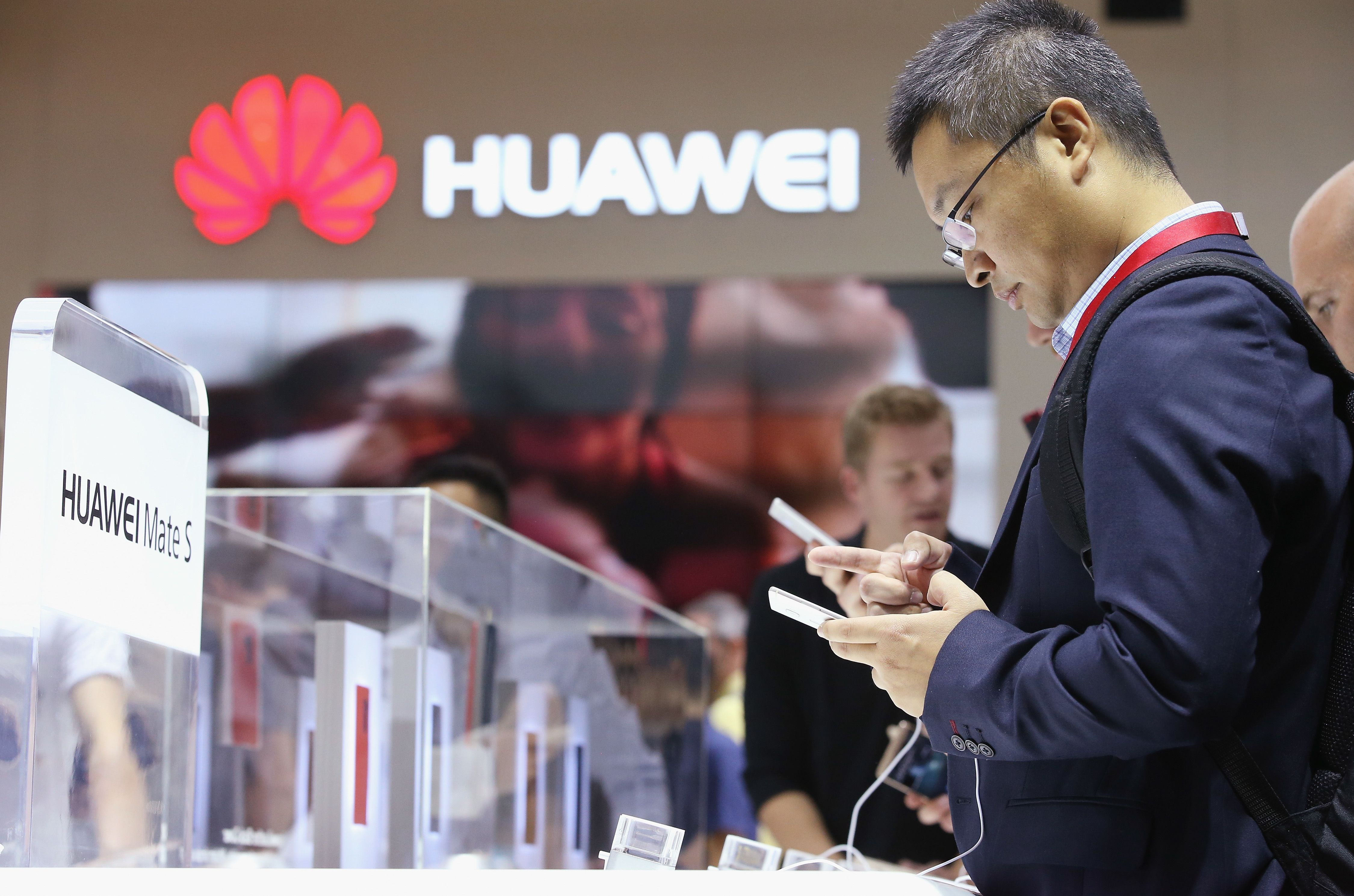 Chipmaker stocks plunge on report they are dropping business with Huawei