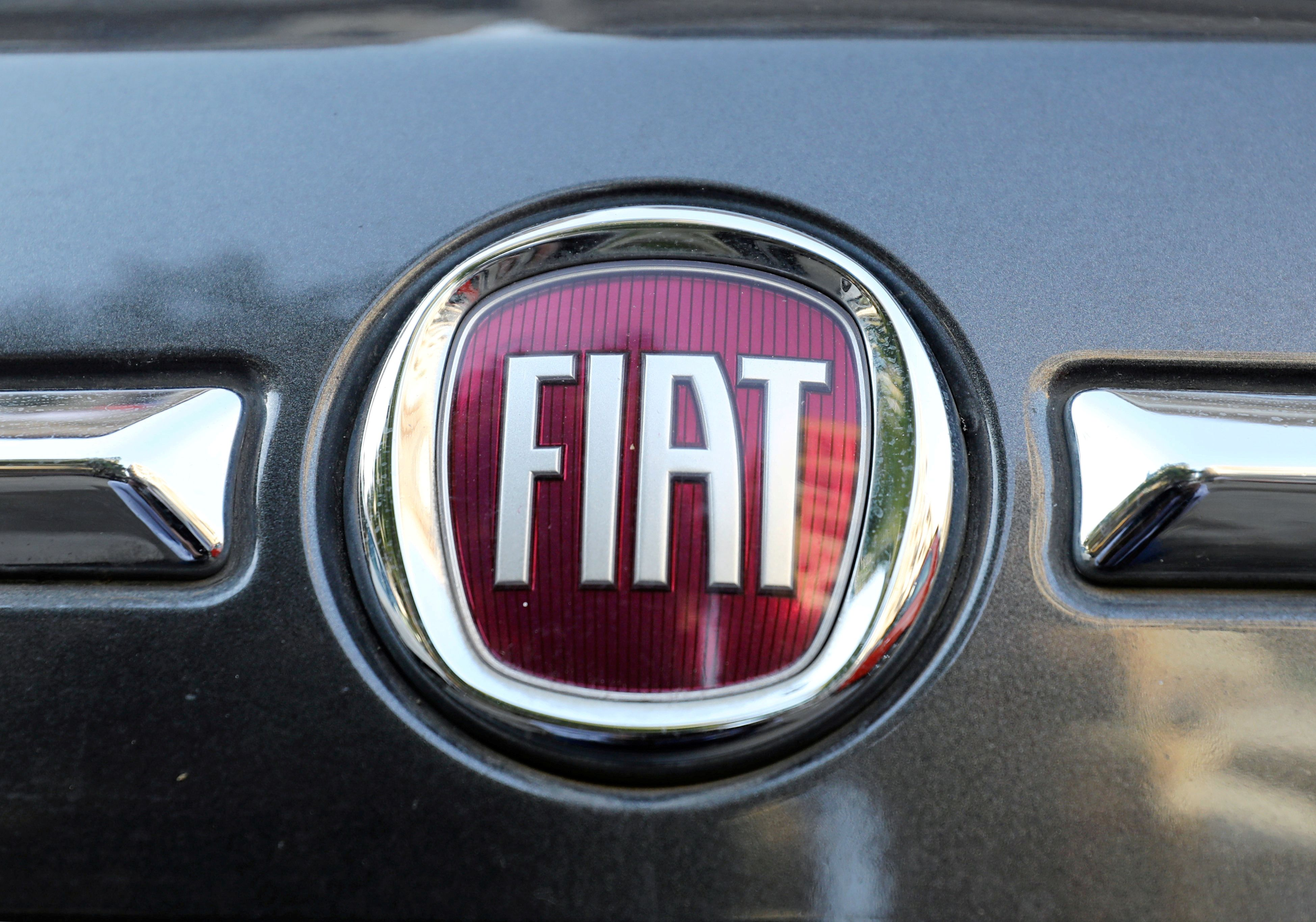 Fiat Chrysler and Renault in advanced talks to merge the automakers