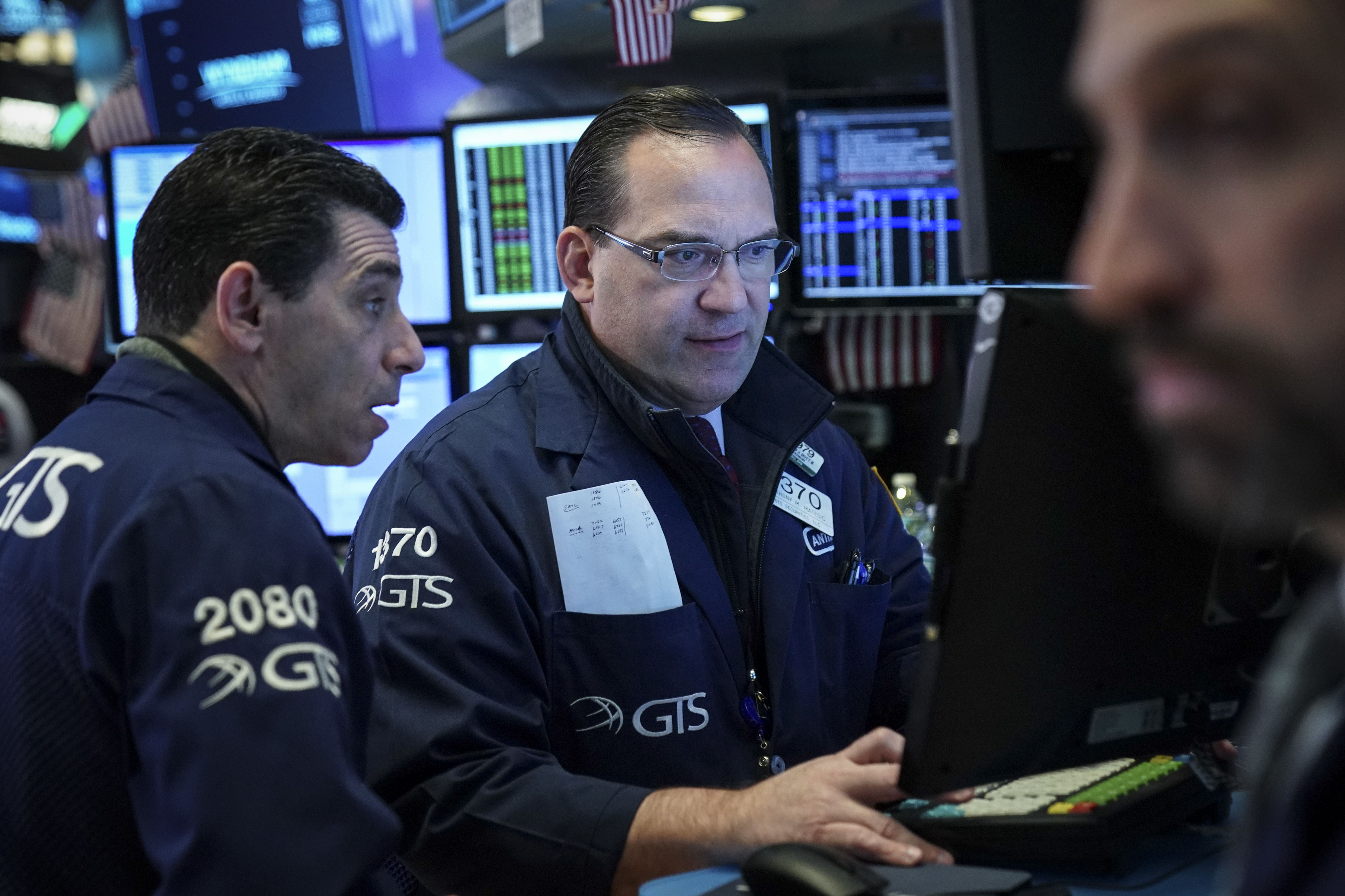 These stocks are the biggest Dow winners when rates fall