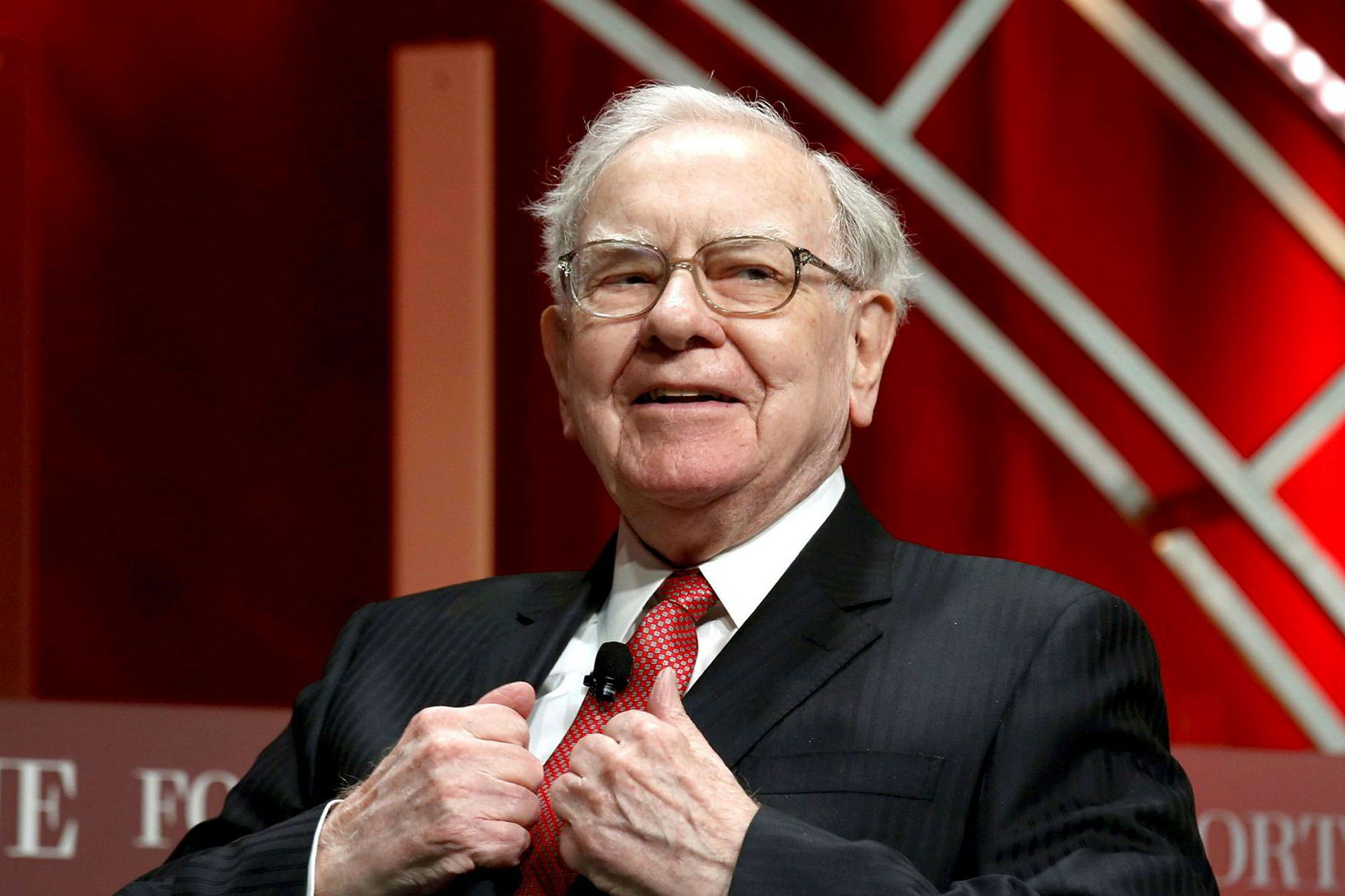 Warren Buffett Recently Invested in Amazon. It Made Him Nearly $250 Million Before.