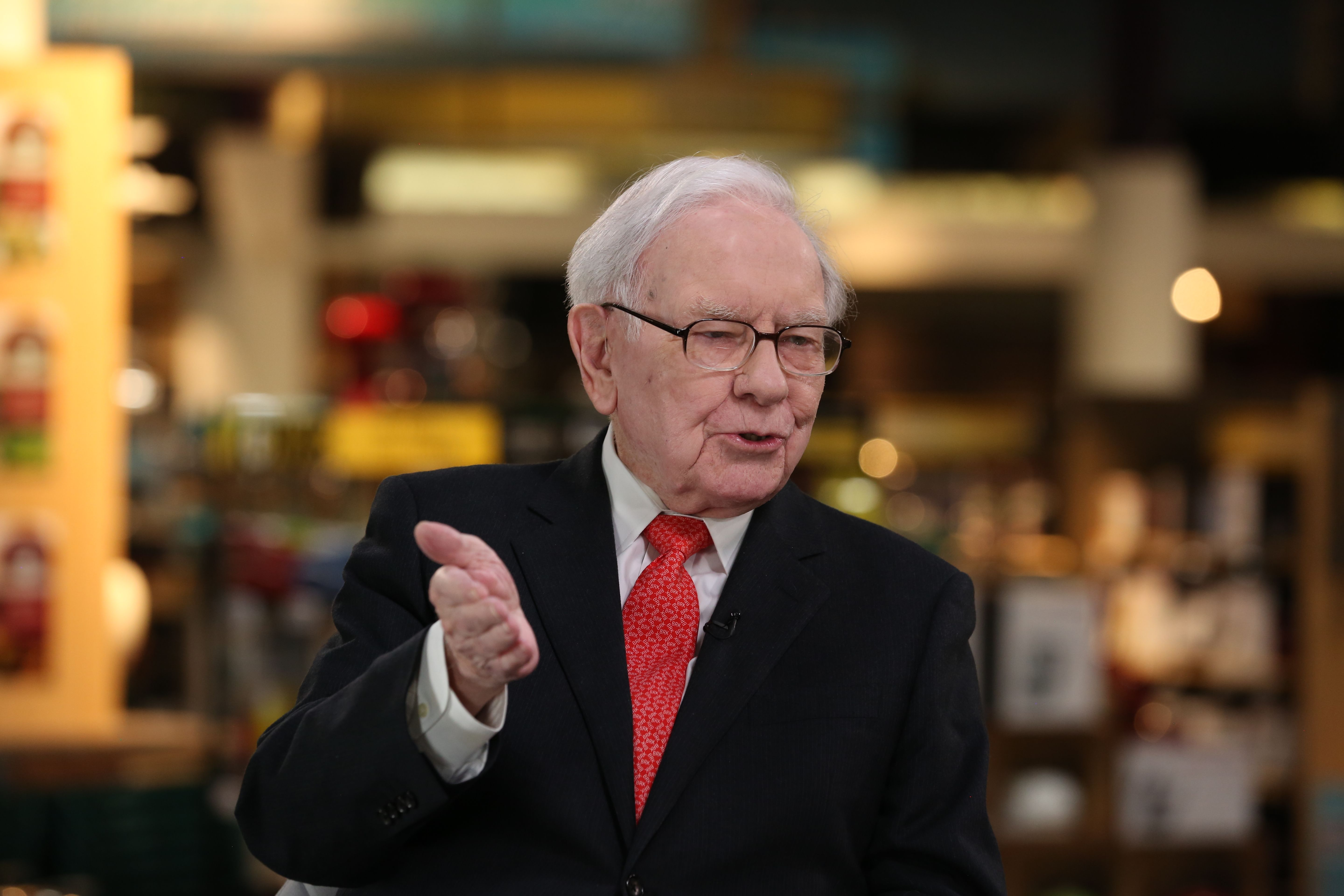 Warren Buffett says bitcoin is a 'gambling device' with 'a lot of frauds connected with it'