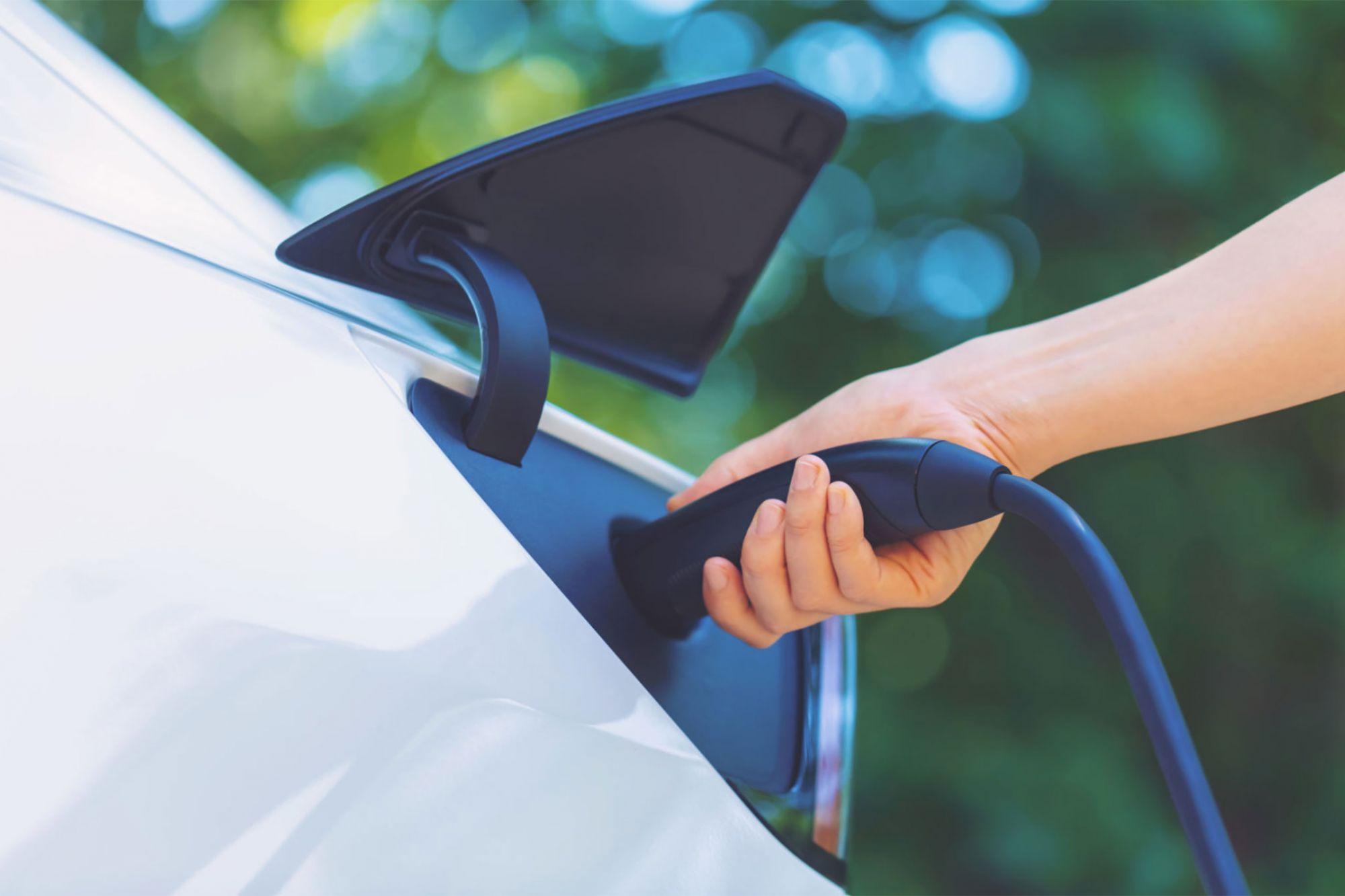 Canadian Province Will Prohibit Sale of Gas-Powered Cars by 2040