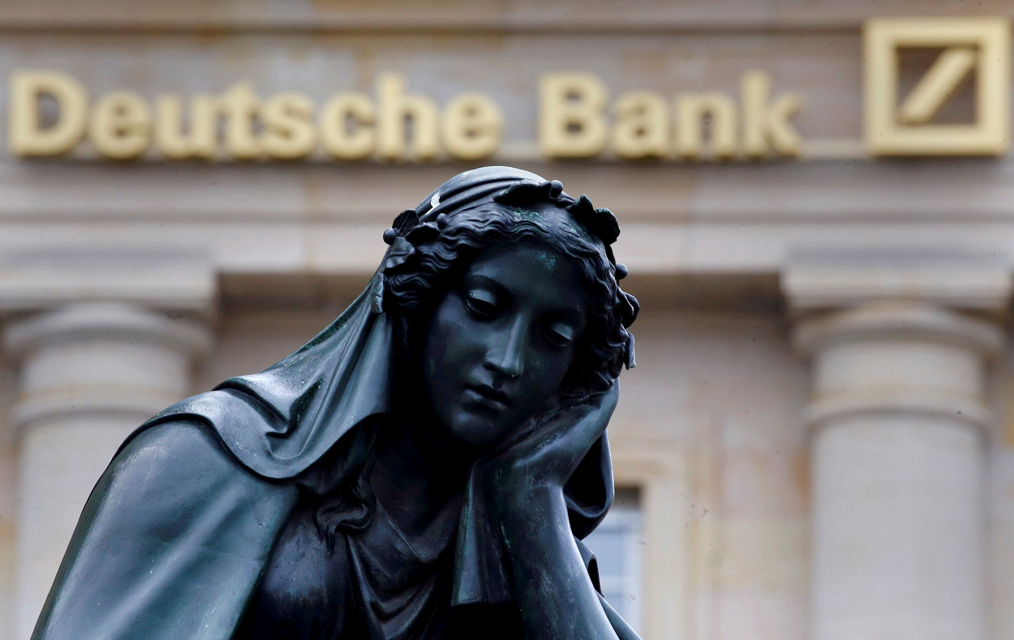Deutsche Bank eyes huge multi-billion euro restructuring drive