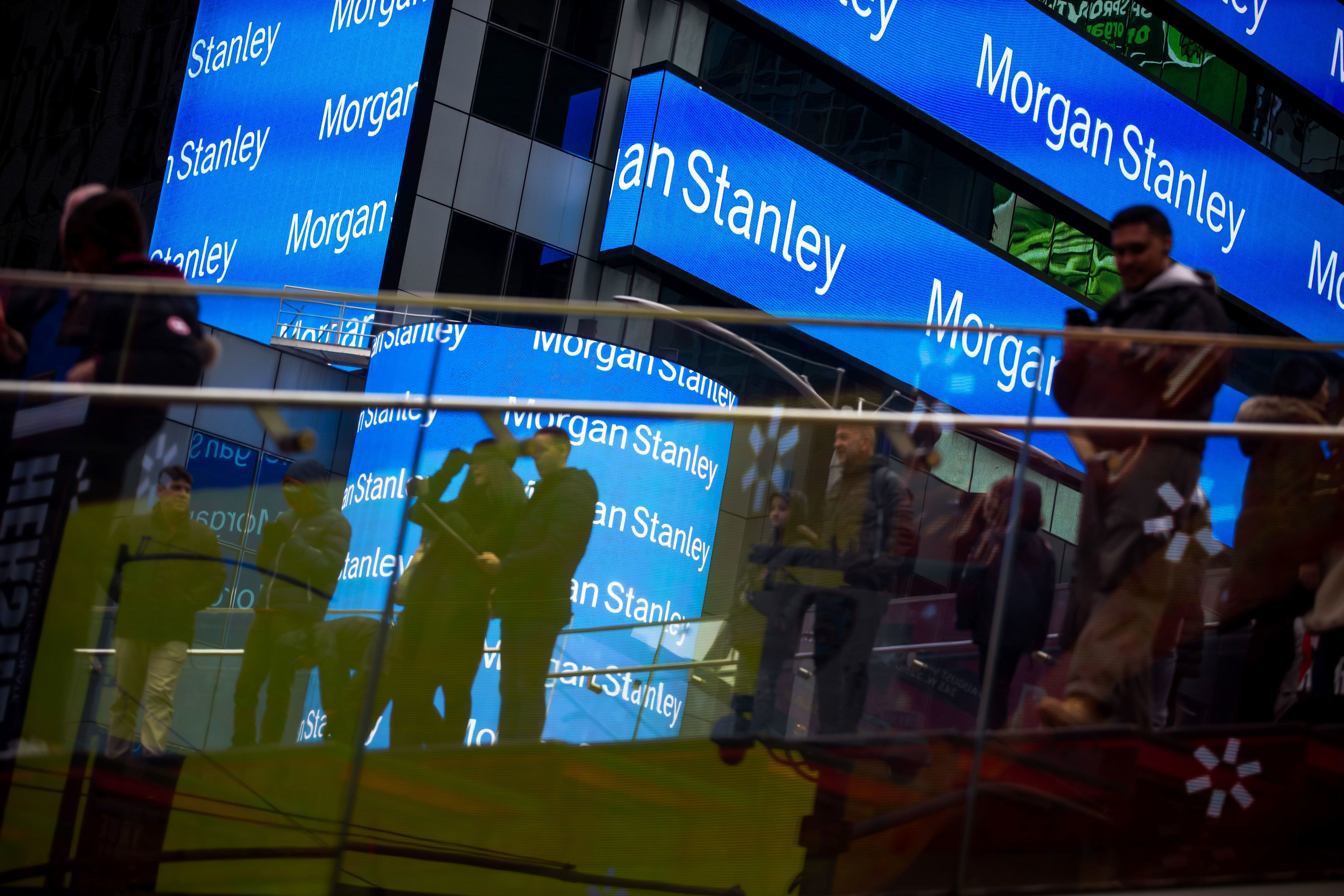 Rich Morgan Stanley clients withdrew a surprising amount to pay taxes