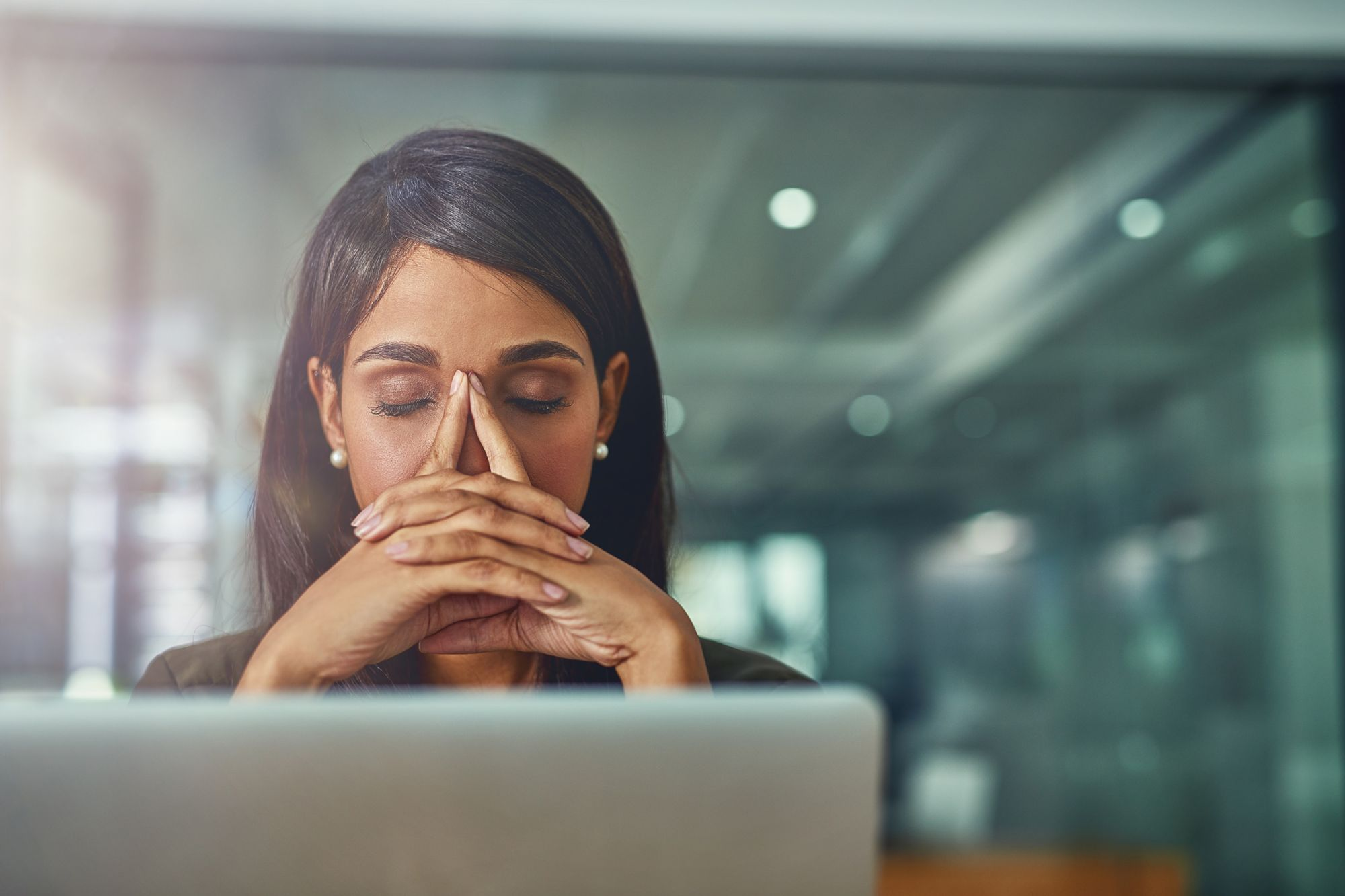 9 Ways to Beat Work Stress and Increase Productivity With CBD