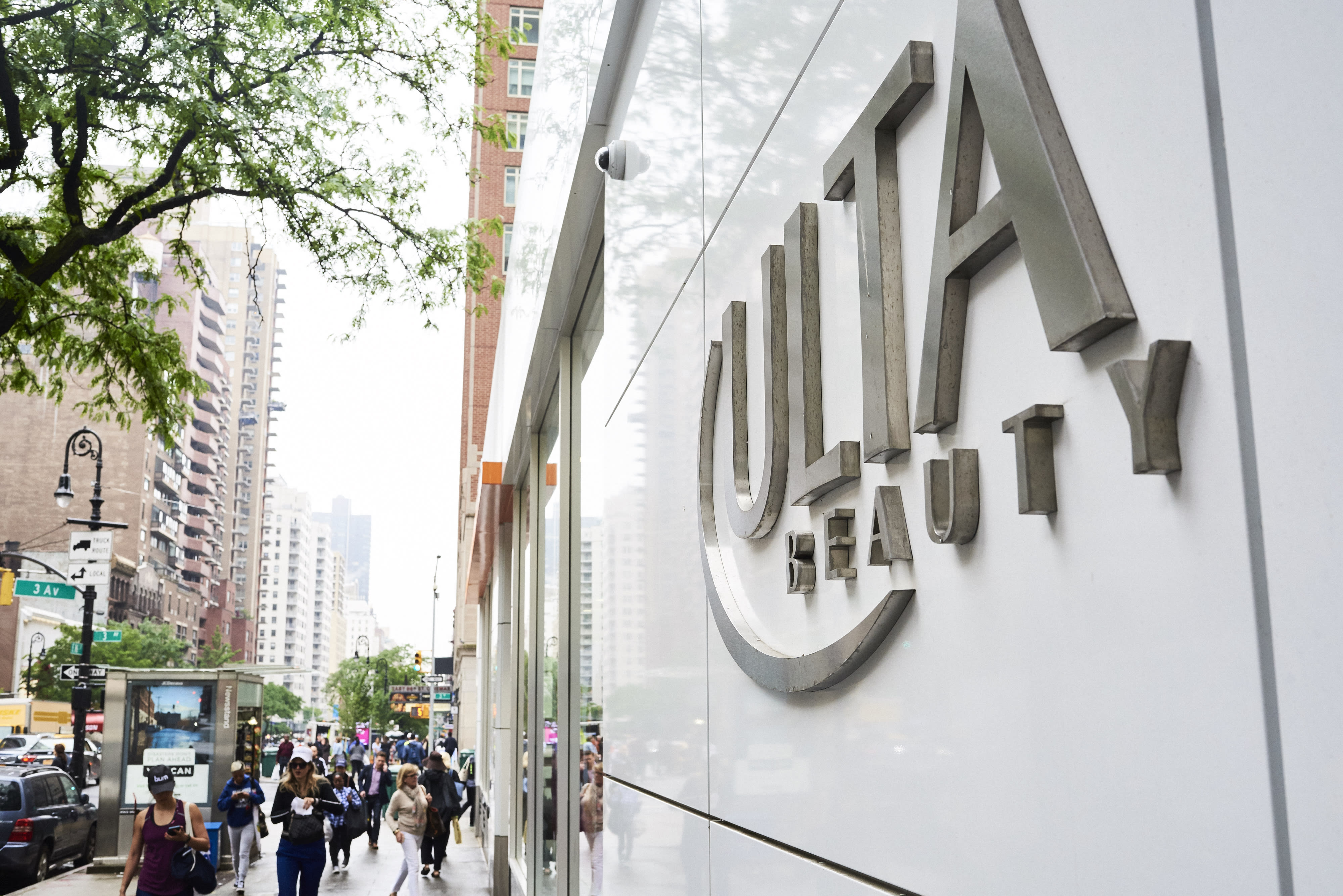 Stocks making the biggest moves after hours: Ulta, Ambarella and Dell
