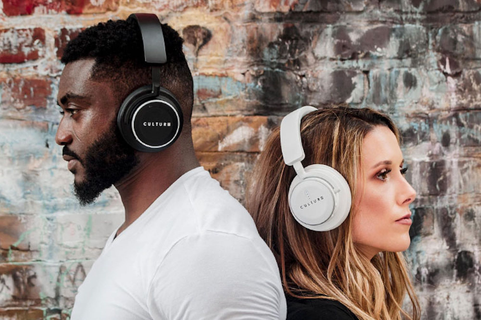These Smart Headphones are Perfect for Busy Offices
