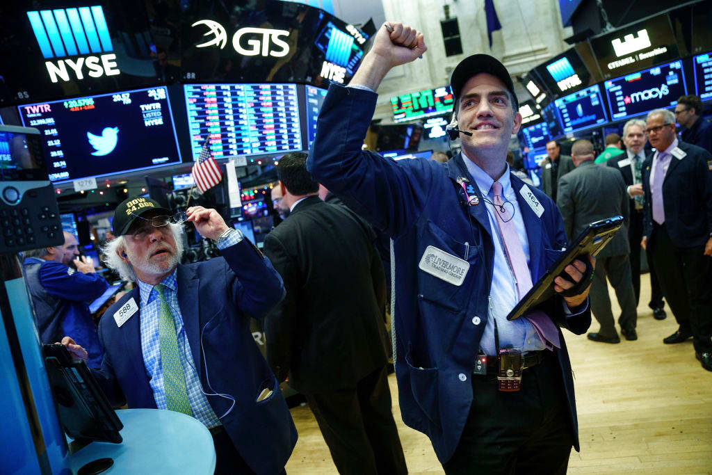 Stocks look to reclaim their all-time highs in the week ahead