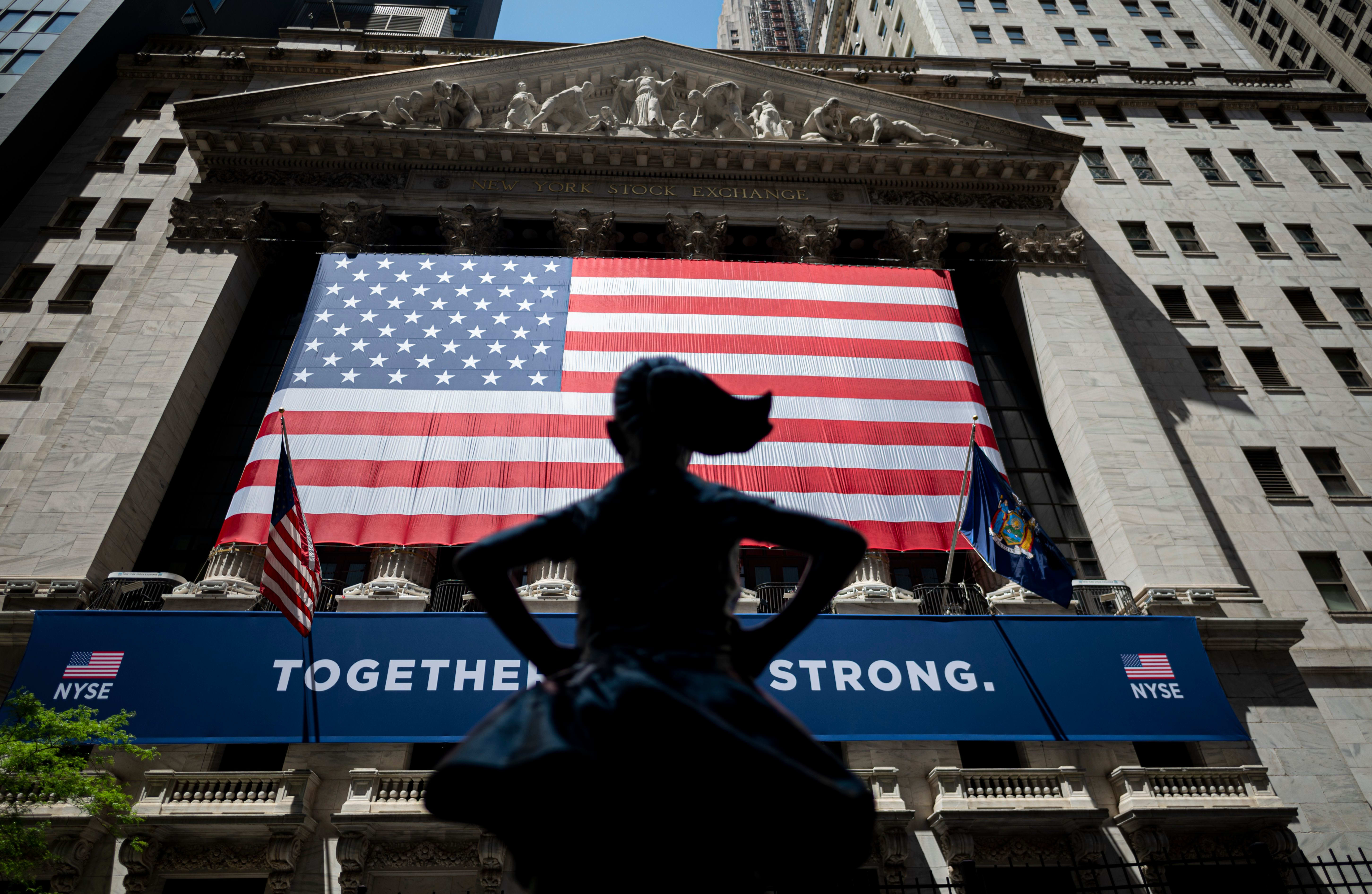 Dow futures rise 100 points following rally in the previous session