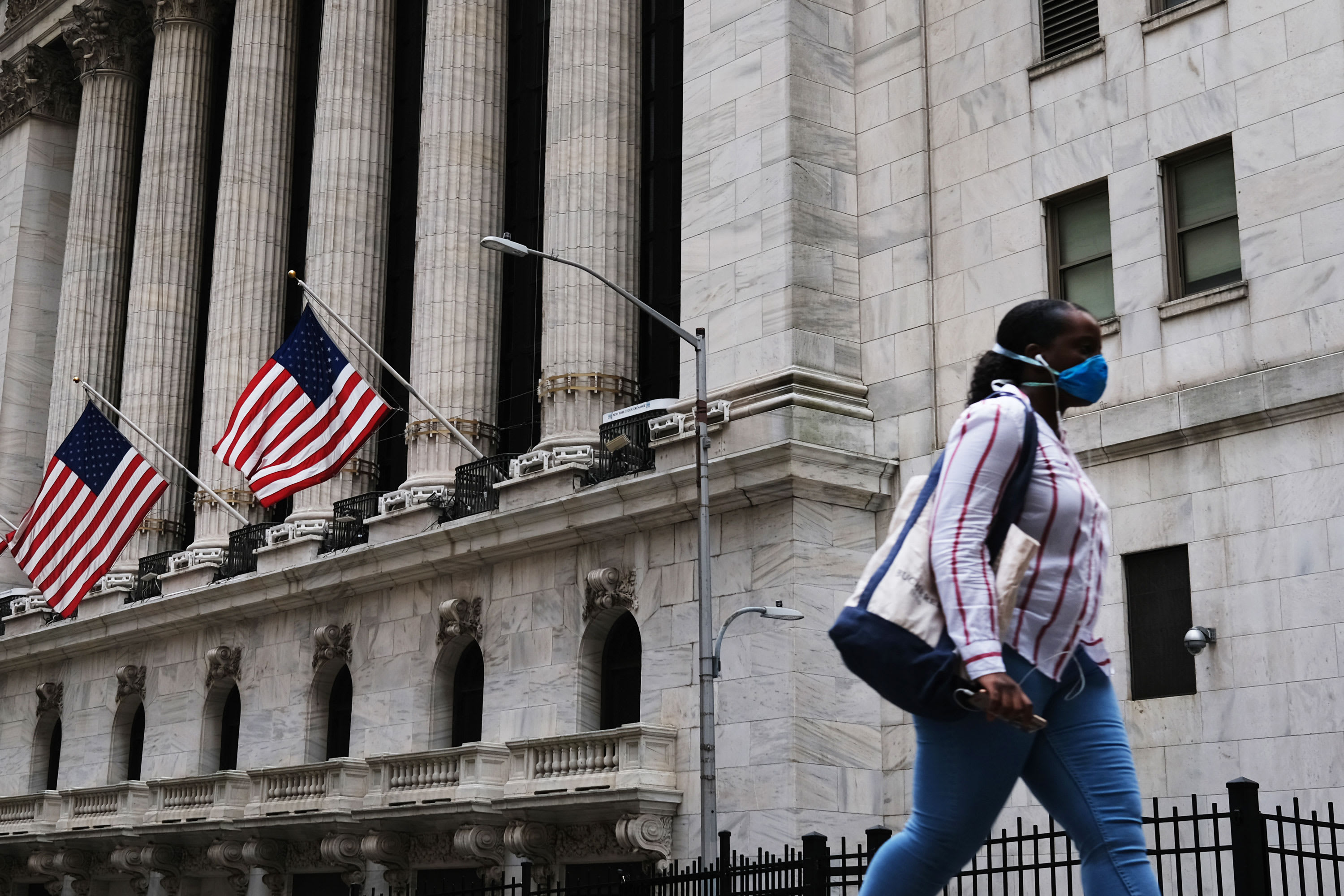 Futures jump, airline stocks up, S&P down 1% this year