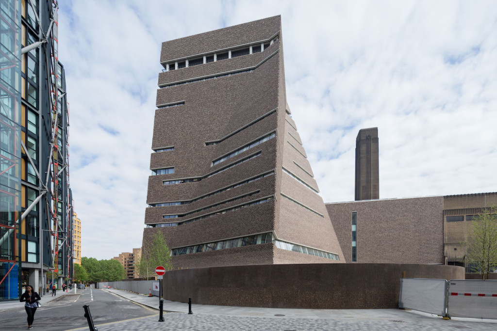 Tate Plans More Than 300 Job Redundancies, Leading to Pushback – ARTnews.com