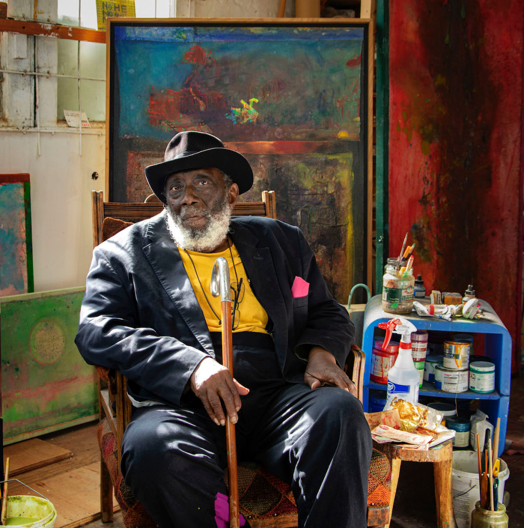 Artist Frank Bowling Knighted by Queen of England – ARTnews.com