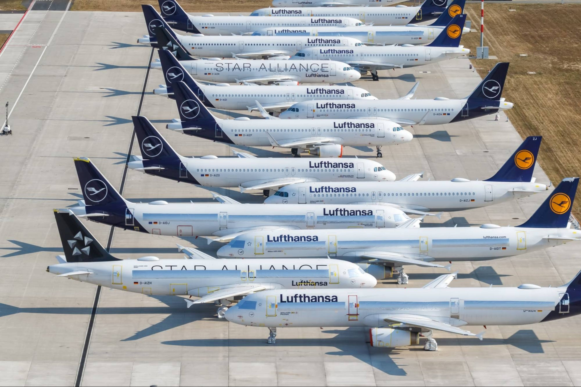 Lufthansa Will No Longer Provide Free Snacks to Economy Class Passengers
