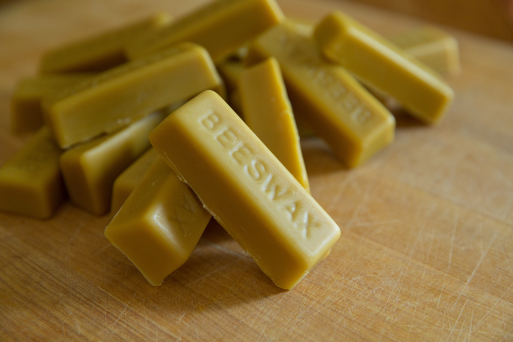 The Best Beeswax for Encaustic Painting, Candle Making, and More