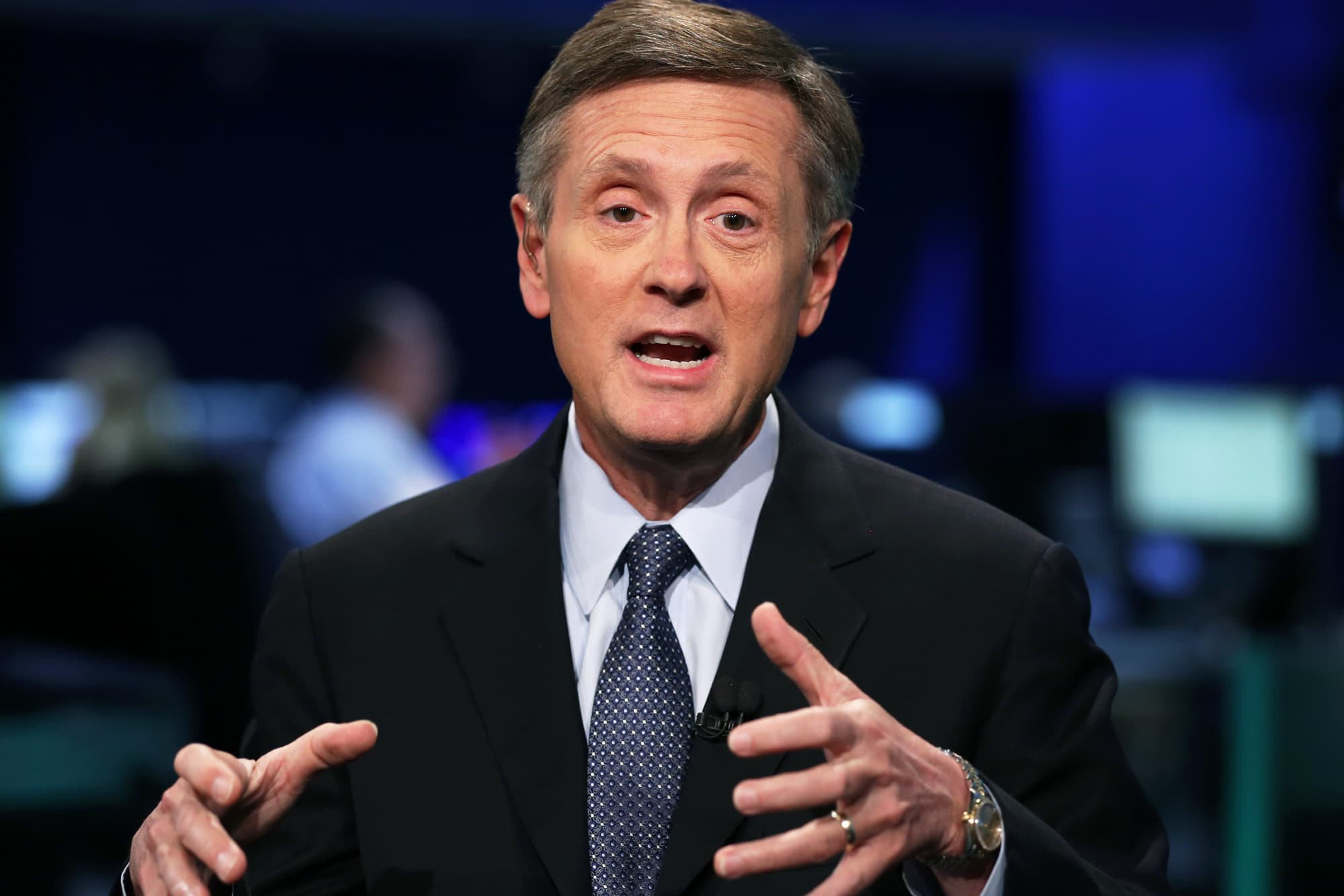 Clarida says Fed bond purchases to keep pace through the rest of the year