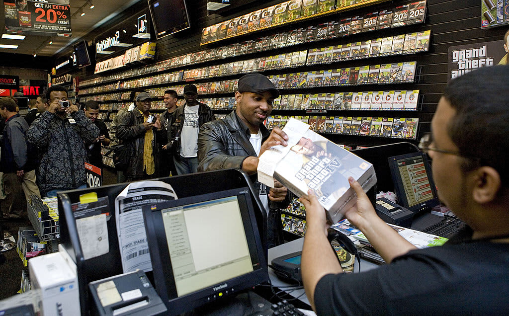 GameStop jumps another 90% above $140, but short sellers aren't backing down