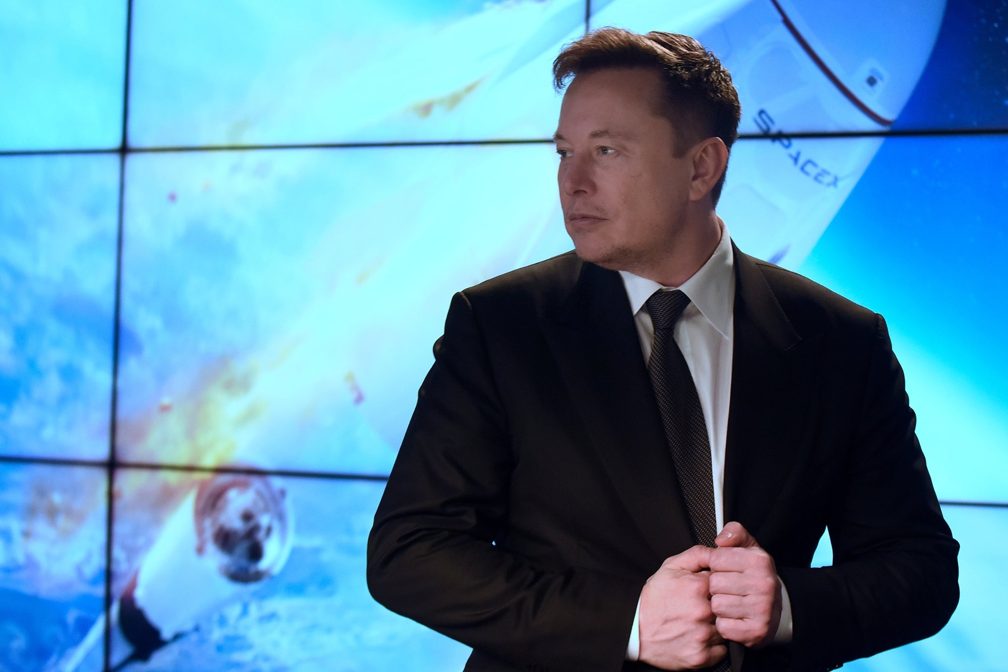 Elon Musk Reveals What Caused a SpaceX Prototype to Mysteriously Explode