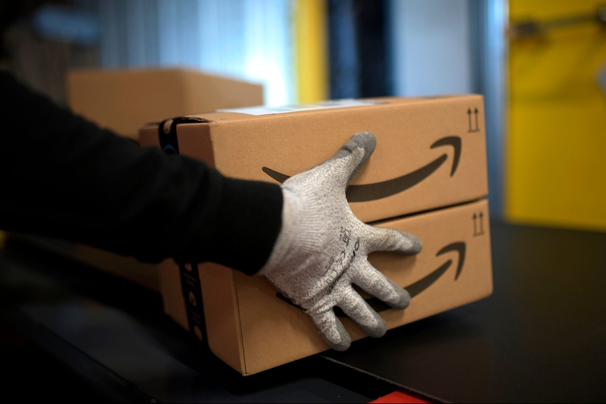 How to Start a 'Fulfillment by Amazon' Business and Find Your Winning Product