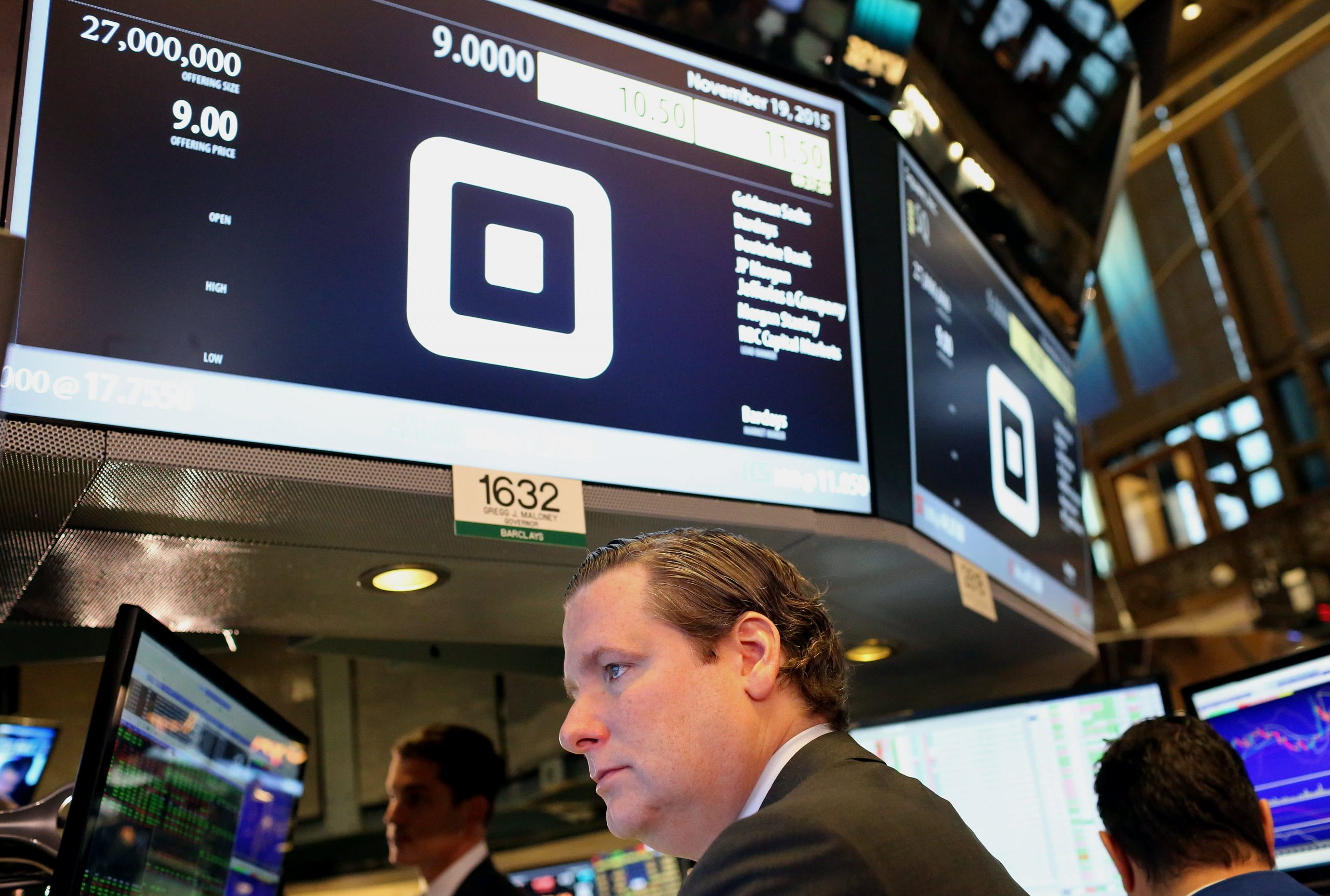 Square closes up 5.5% after report that it plans to offer checking and savings accounts