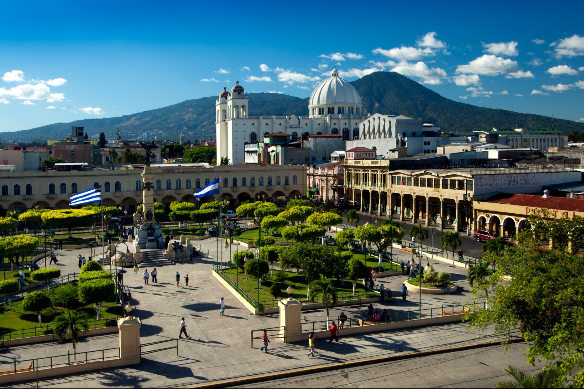 El Salvador Makes History as the First Country to Accept Bitcoin as Currency