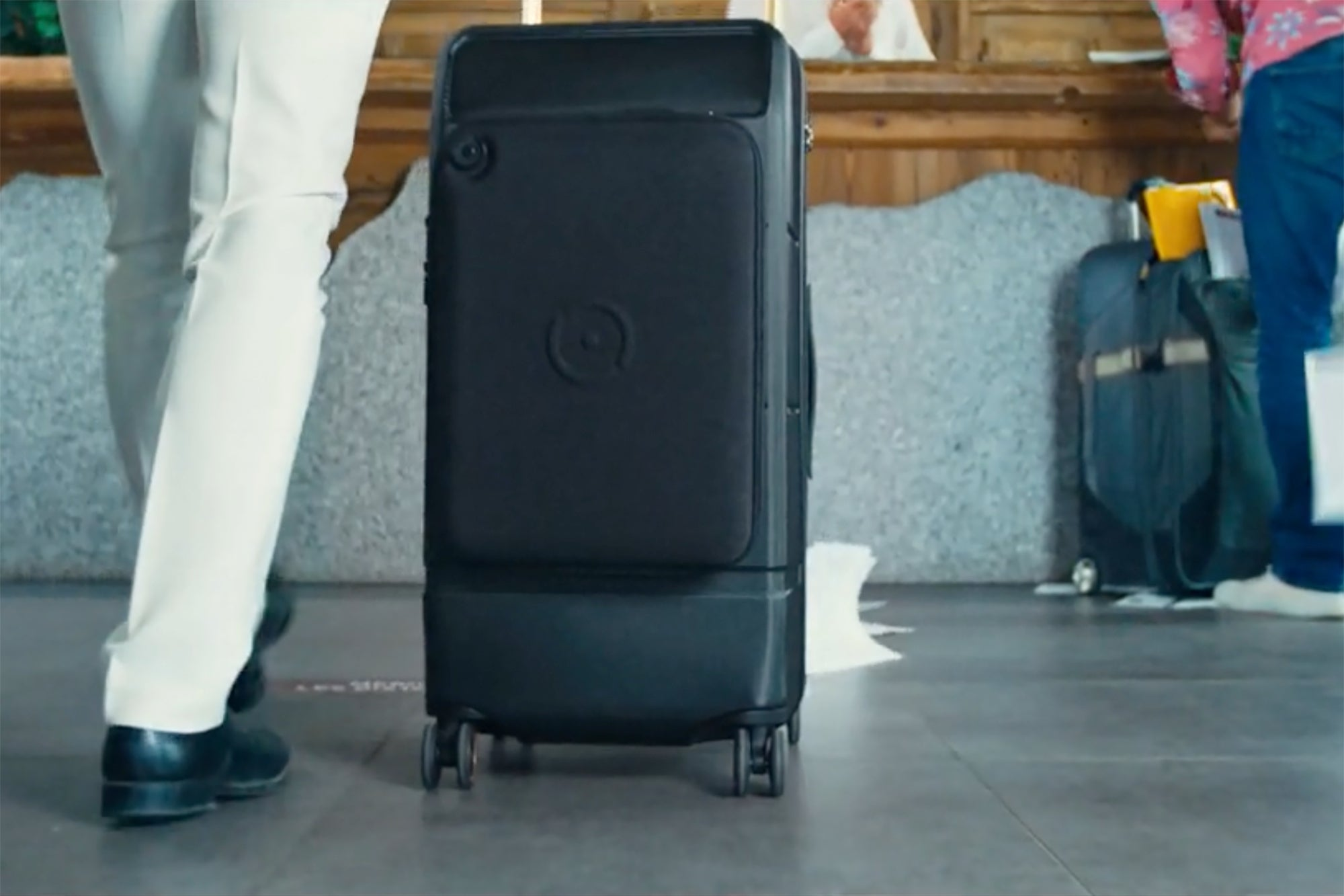 Kabuto Trunk is a Modern Suitcase You Can Secure with a Fingerprint