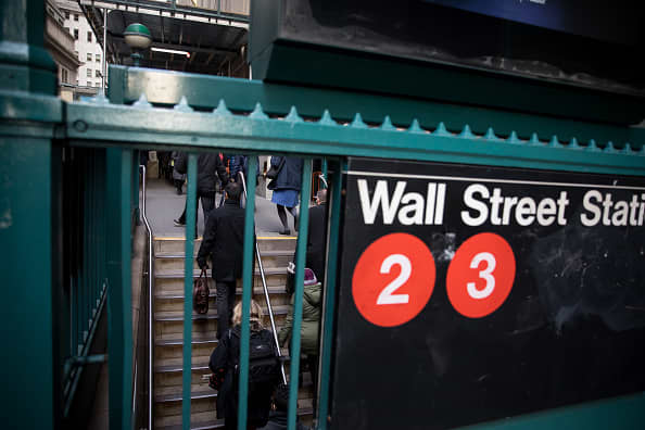 Stock futures mixed as investors await key inflation report