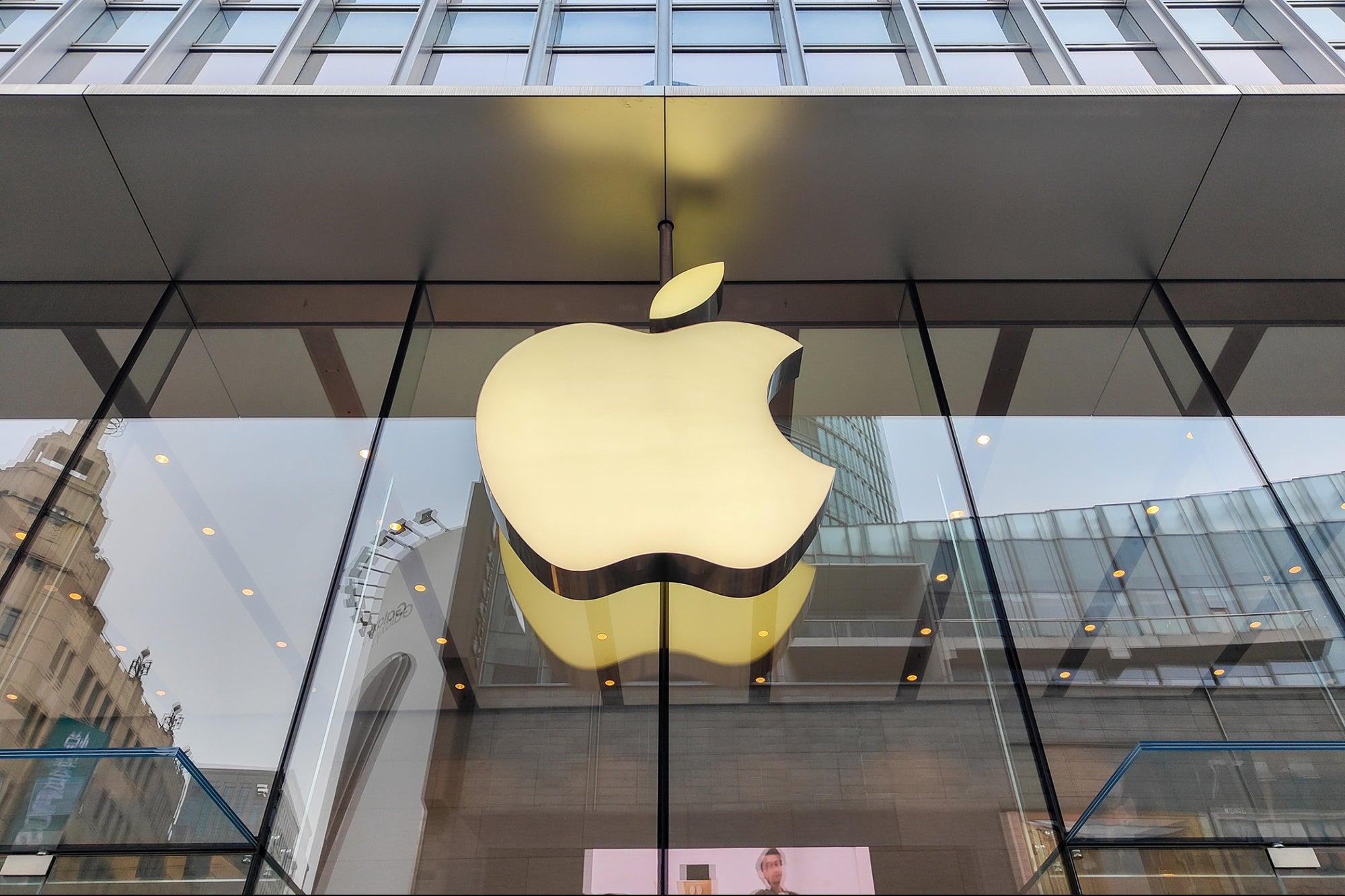 Apple Announces $30 Million Investment Towards Racial Equity Focusing on Hispanic Inclusion