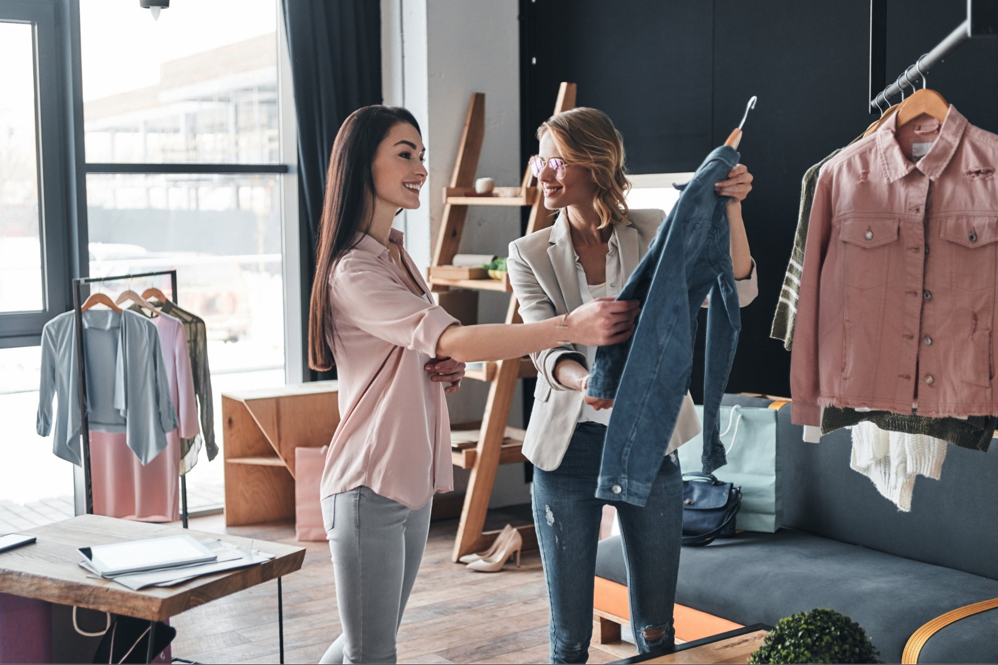 How to Start a Clothing Business: A Step-by-Step Guide
